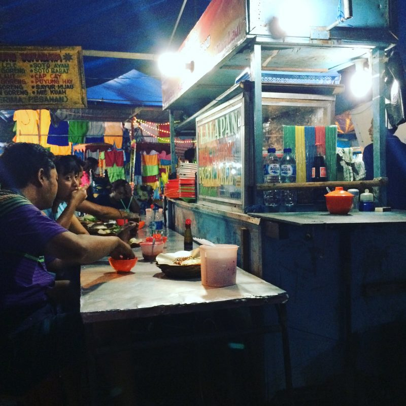 Marché de nuit de Gyaniar