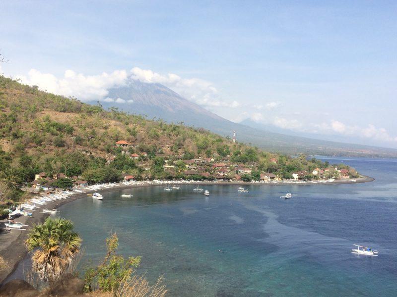 Côte Est de Bali - vue sur le Mont Agung