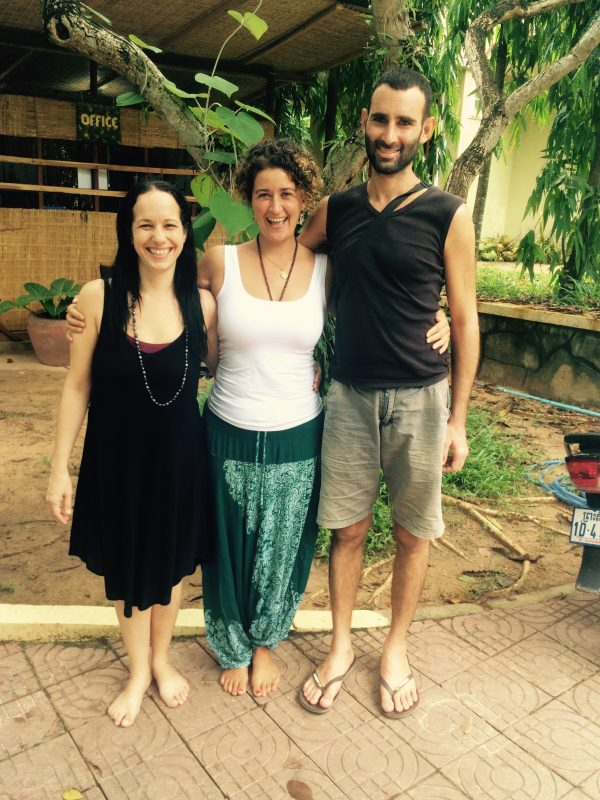 Avec les propriétaires du Vagabond Temple, Cambodge
