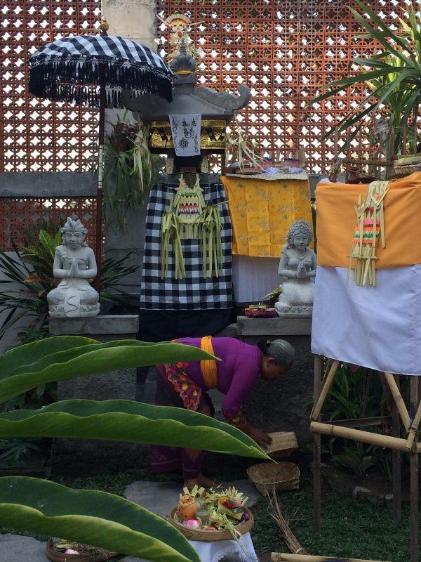 Cérémonie d'inauguration pour une nouvelle maison d'hôte à Ubud, Bali