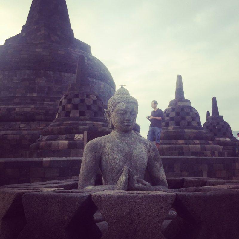 Statut de Buddha à Borobudur