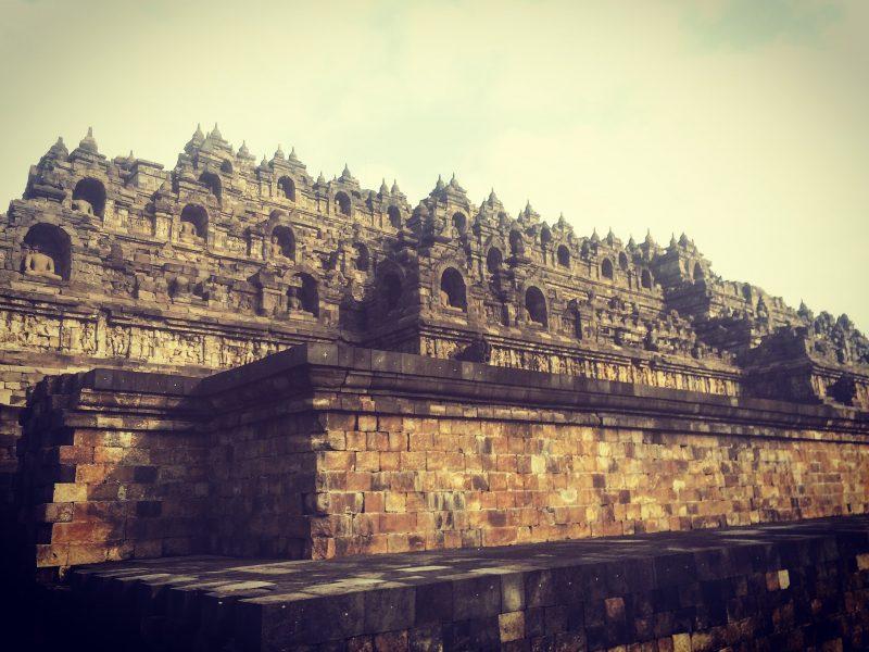 Borobudur vu de la sortie