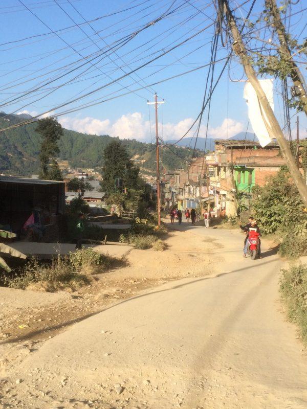 Rue tranquille de Boudhanath, Népal