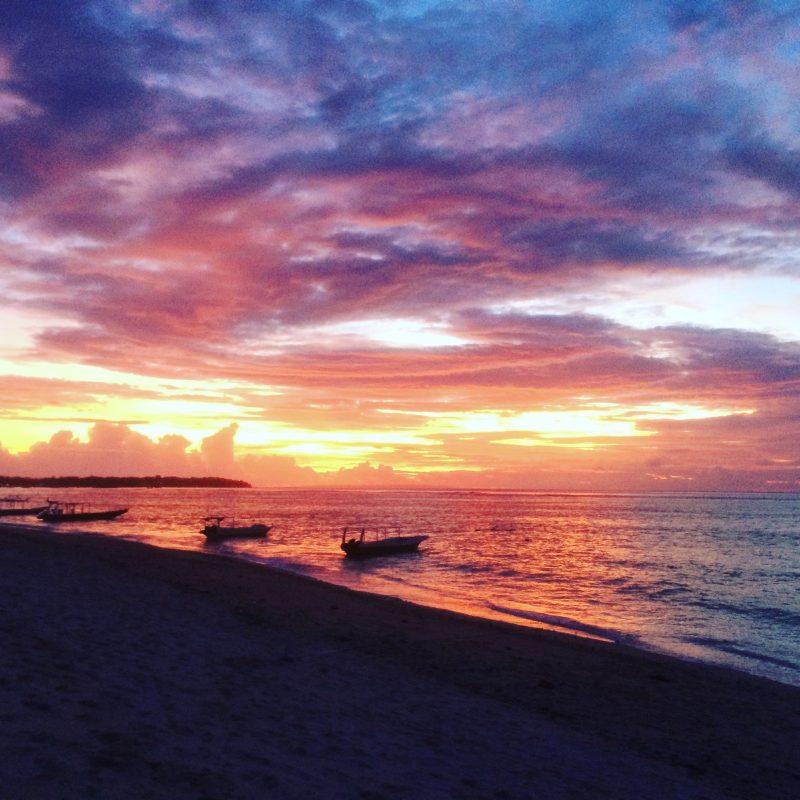 Dernier coucher de soleil de 2016 à Nusa Lembongan
